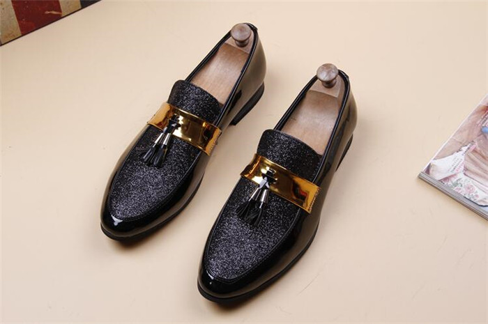Casual fashion loafer lazy shoes increase slip on patent leather sequins  glitter belt men patent leather tassels shoes-in Formal Shoes from Shoes on  ... 44827021891b