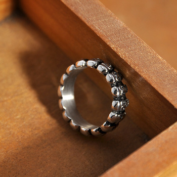 Hainon Vintage Skull Ring Jewelry Silver Color Punk Pave Skeleton Design Round Bands Finger Ring For Men Women Retro Party Gift 4