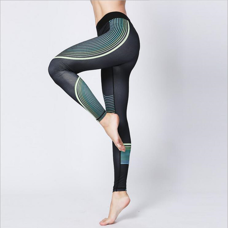 2017 New Women Sports Clothing Outdoor High Elastic Yoga Pants Slim Female Running Sports Leggings Aerobics