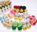 Venta caliente Baby Doll calcetines antideslizante Bebé Niños Niñas Animal de la Historieta Del Calcetín manguera Envío Libre