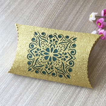 50Pcs Glitter Gold paper pillow Wedding Candy Box Chocolate Packaging Kraft Gift Box Wedding Favor and Gifts Bag Party Supplies
