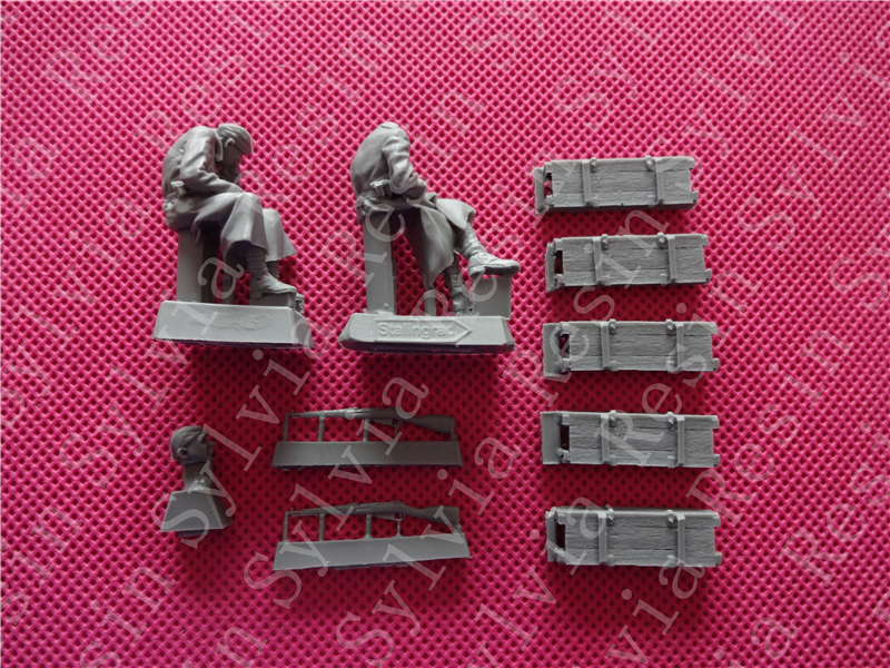 pre order-S-3553 Red Army Artillerymen At Rest,1941-45  Kit include two figures and five 120 mm mortar ammo boxes раскладушка therm a rest therm a rest luxurylite mesh xl