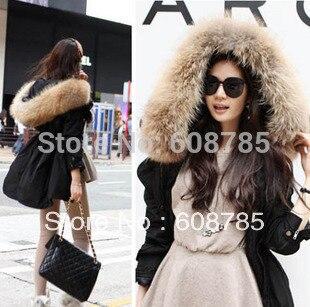 Manteau court grosse capuche