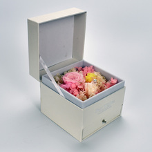 UBUY New Design Pure flowers Preserved Fresh Flower in White Luxury Square jewellery case
