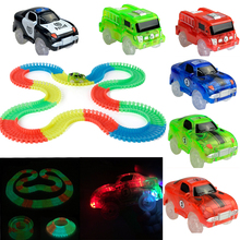 LED ilumina coches para Magic Tracks Electrónica coche juguetes con luces intermitentes Fancy DIY coches de juguete para Kid Magic Tracks piezas coche
