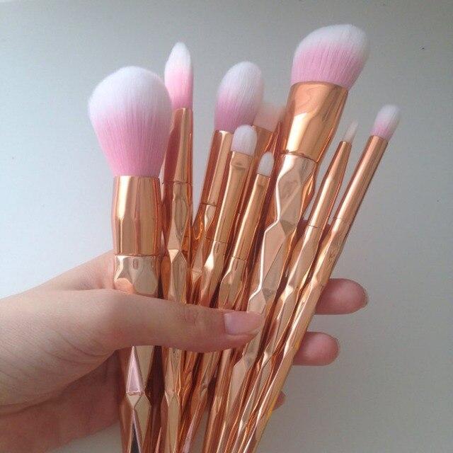 11Pcs Diamond Rose Gold Makeup Brushes Set Mermaid Fishtail Shaped Foundation Powder Cosmetics Brush Rainbow Eyeshadow Brush Kit 2