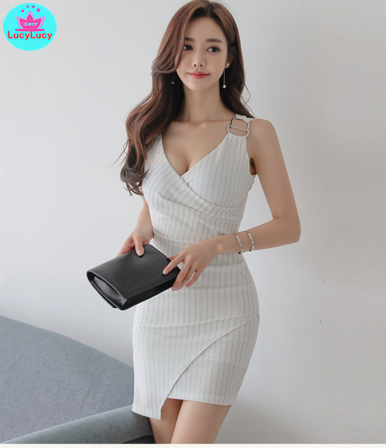 2019 summer new fashion V-neck sleeveless striped ladies straps women's irregular dress Knee-Length  Zippers  Sleeveless