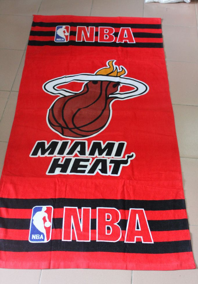 Serviettes de bain les fans de basket ball de CHICAGO BULLS HOT ...