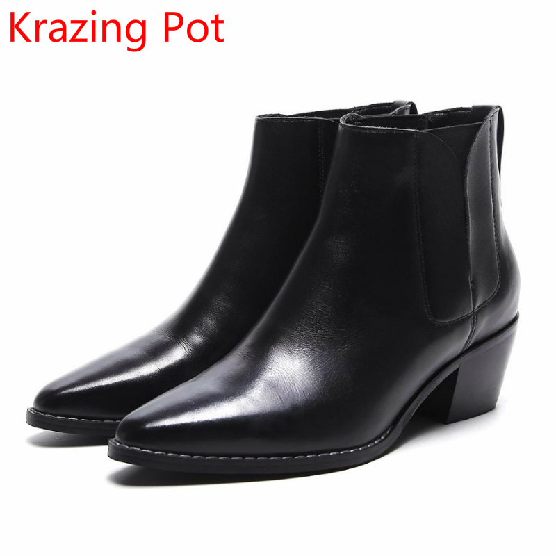 цены на 2018 New Arrival Genuine Leather Thick Heel Fashion Winter Boots Superstar Motorcycle Boots Warm Nightclub Women Ankle Boots L55 в интернет-магазинах