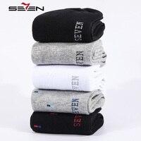 Seven7 Yepyeni Serin Rahat Erkek Çorap Erkekler 100% Pamuk İş Elbise Erkek Ekip Çorap Siyah Beyaz Tasarım 5 Çift/grup 109G48160