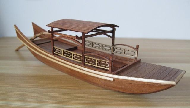 Classic wooden sailing boat assembled set China ancient Xihu cruise ship wooden boat kit