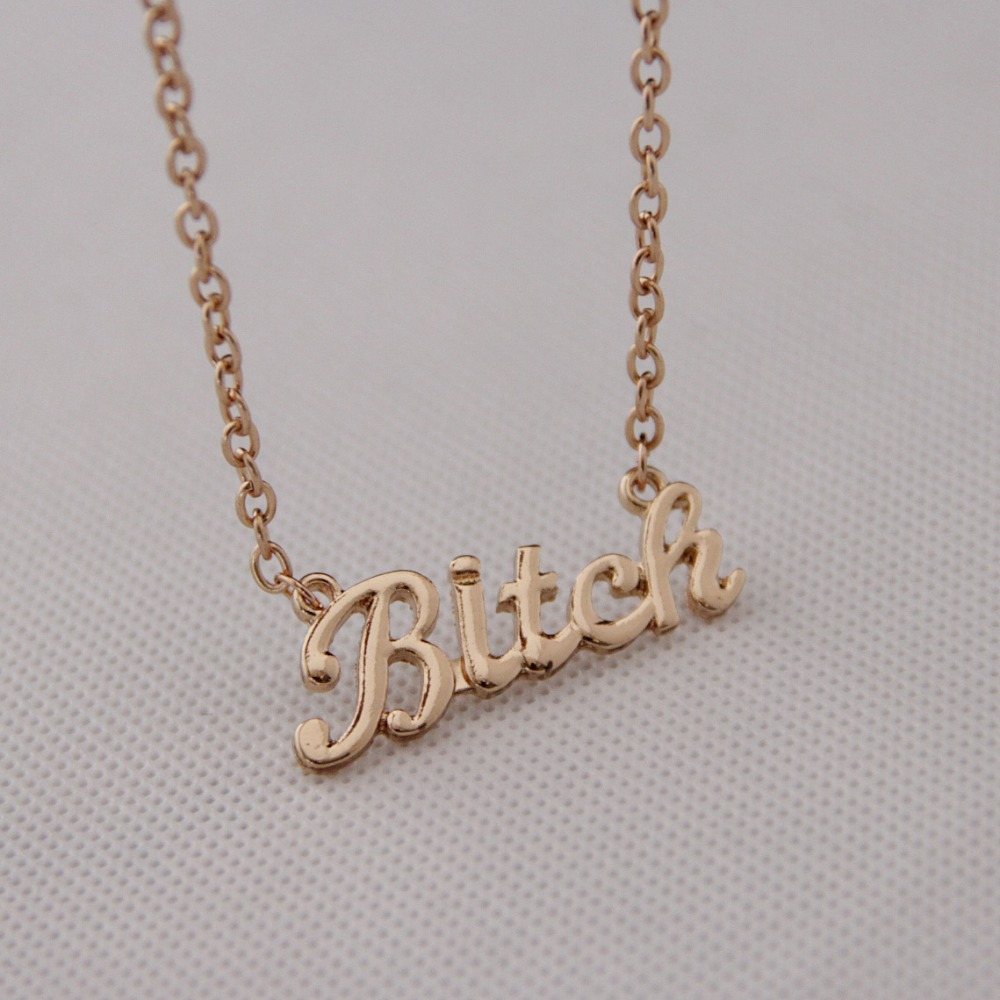 Mode dameskleding accessoires hangers kettingen gouden ketting Metalen letters korte ketting sleutelbeen ketting