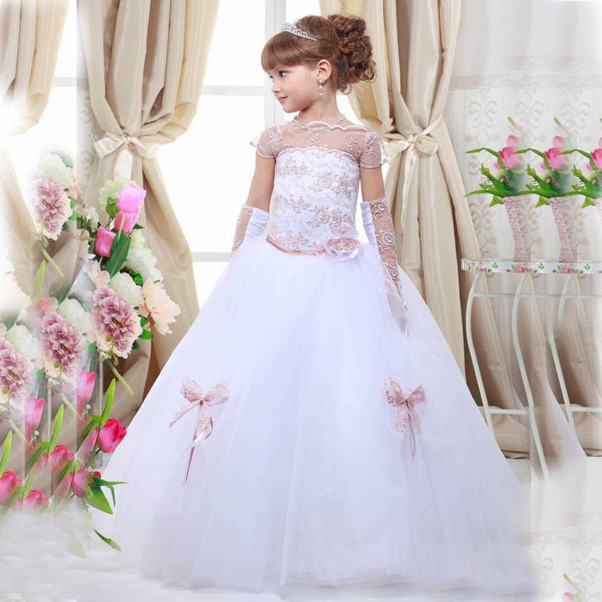 2017 Puffy First Communion Dresses Lace Appliques Ball Gowns Sheer Neck Flower Girl Dresses Custom Made Free Shipping custom nice sheer short lace sleeve boat neckline ball gowns long pleated appliques wedding birthday party flower girl dresses