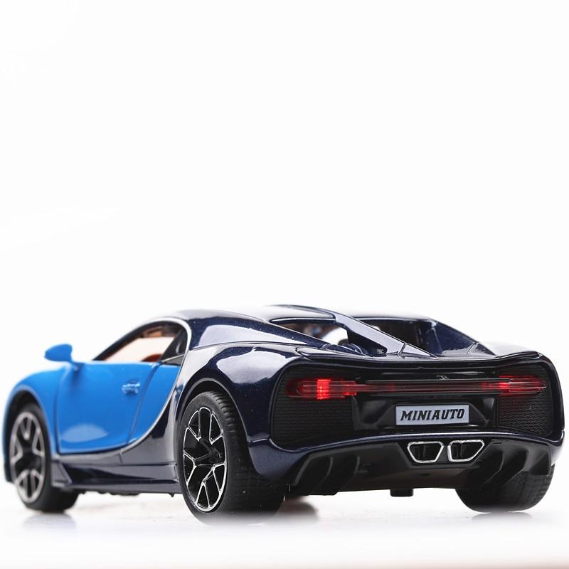 Bugatti Chiron Toy Car 15cm 25