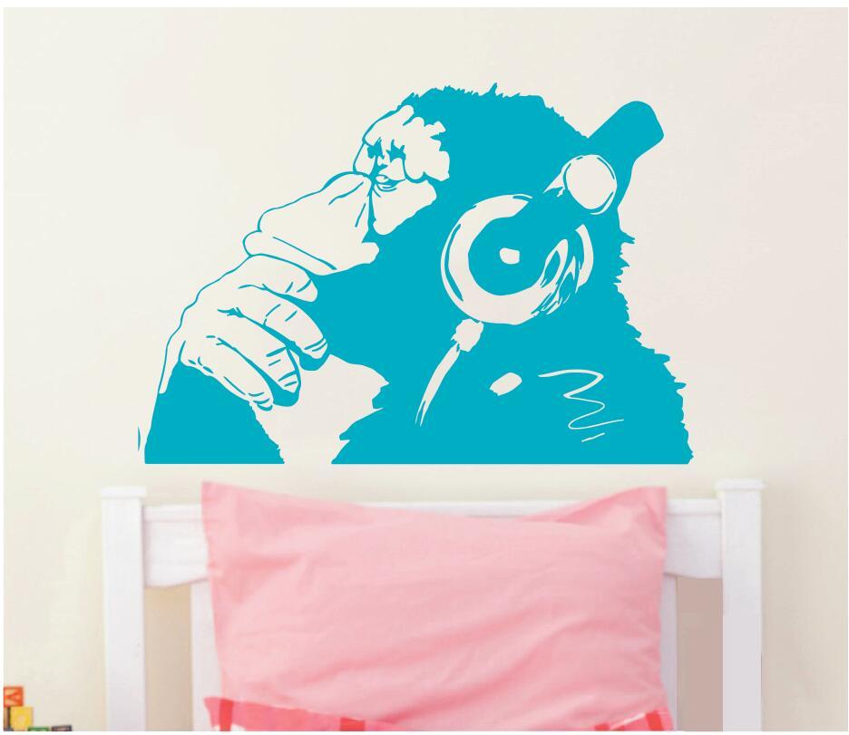 Banksy Vinyl Wall Decal Monkey Құлақаспаппен Chimp Music - Үйдің декоры - фото 2