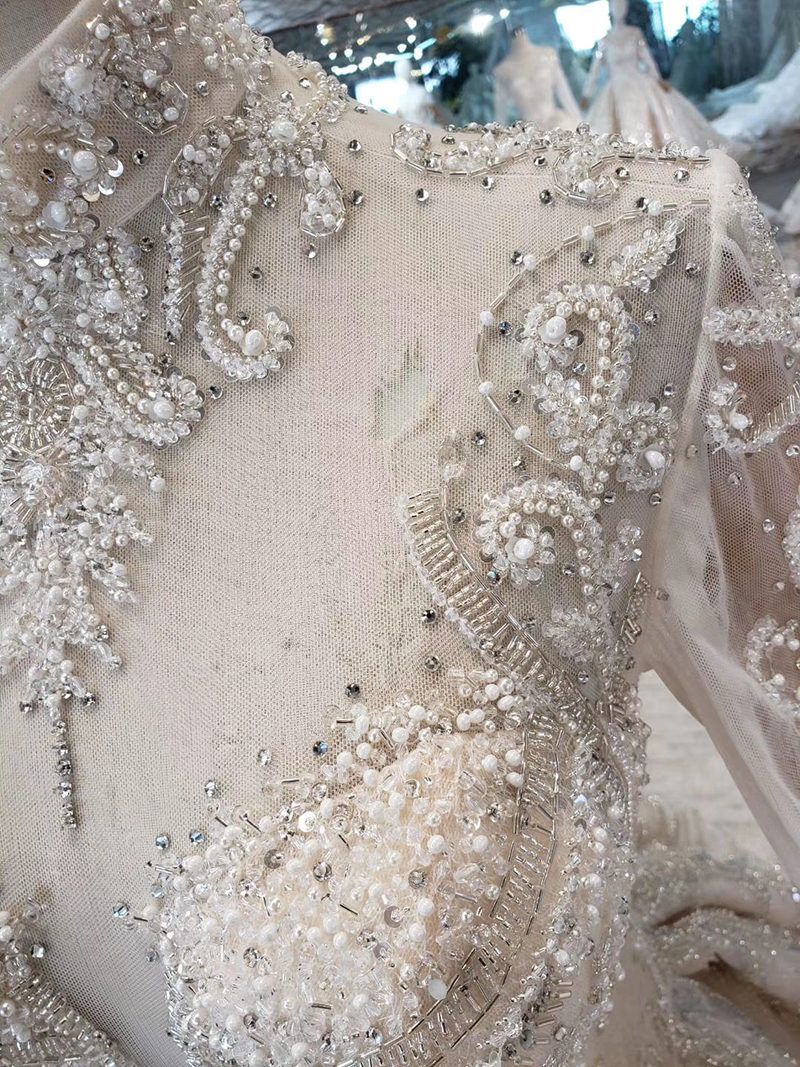 Image 5 - Роскошные свадебные платья HTL315, высокое качество, ручная работа, Украшенные бусинами и кристаллами, платье для девочек с высоким воротом и длинным рукавом, robe de MarieСвадебные платья    АлиЭкспресс