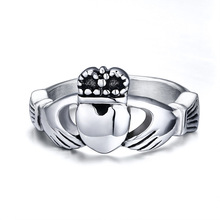 The Claddagh Ring Friendship Love Ring for Lover Girlfriend Friend Quality Stainless Steel Ring for Women Utr 8074