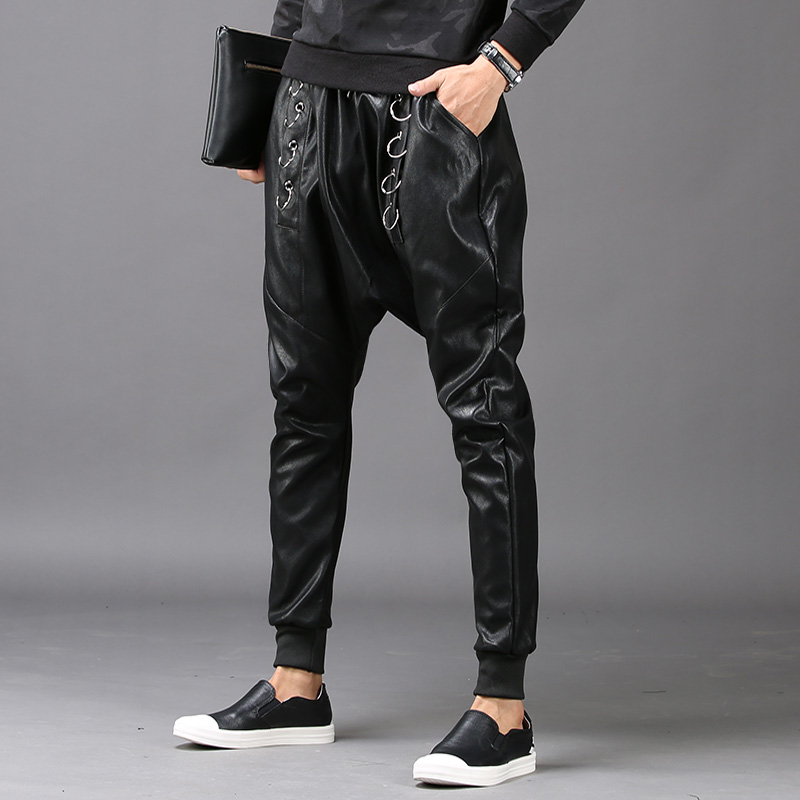 цена на Harajuku Loose Fit Mens Faux Leather Harem Pants Casual Drop Crotch Male Trousers Fashion Hip Hop Pantalon Hombre Rock Man Pants