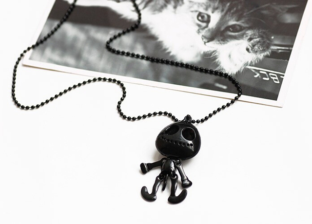 Vintage Jewelry Big Eyes Alien Skull Head Pendants Necklaces for Women