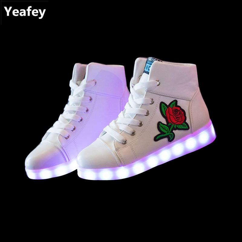 Wählen Sie für neueste Sortenstile von 2019 große Auswahl Yeafey Leucht Krasovki Blinkende Turnschuhe Kinder Led ...