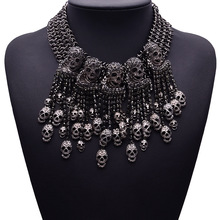 2018 Exaggerated Necklace Skeleton Head Short Chain Female Retro Fashion Accessories Collar Skull Necklace Punk Party Jewelry