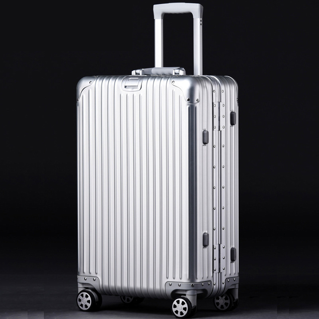 Fashion Metal Rolling Luggage