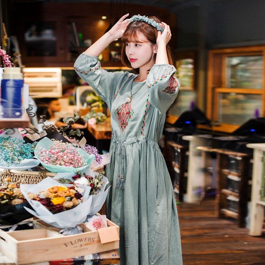 2018 été nouveau Style taille haute broderie Boho longue robe coton lin Vintage lâche robe a-ligne Floral o-cou Chic robe