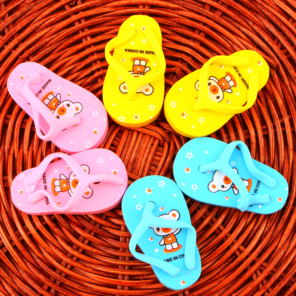 2Pcs/1Pair Novelty Cute Slippers Rubber Eraser Kawaii Creative Stationery School Supplies Papelaria Gift For Kids E2032