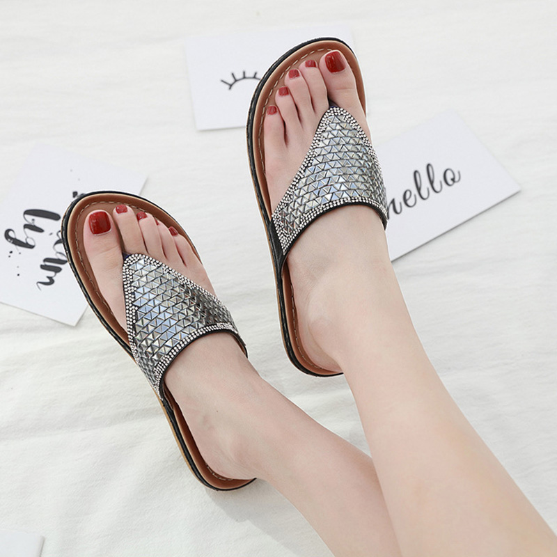 2020 Summer Women Slippers Bling Shoes Flat Beach Slippers Flip Flops Summer Ladies Shoes Soft Comfortable A905 2