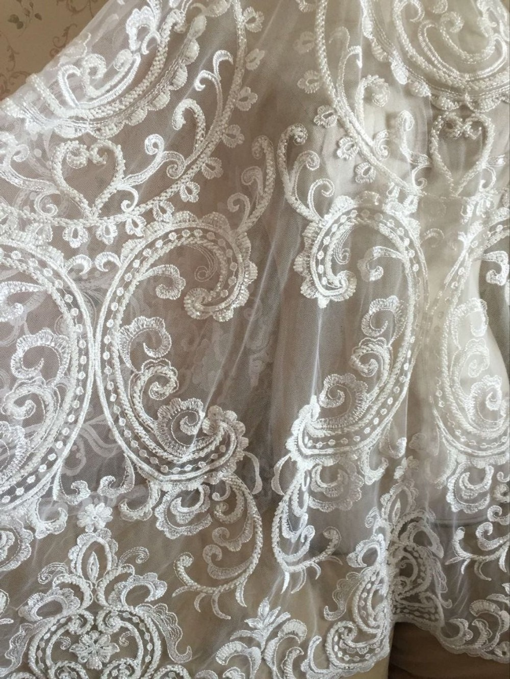 Fabulous Beaded Lace Fabric Aulic Retro Floral Embroidered Fabric With Beads Sequined Alencon Lace Fabric 53
