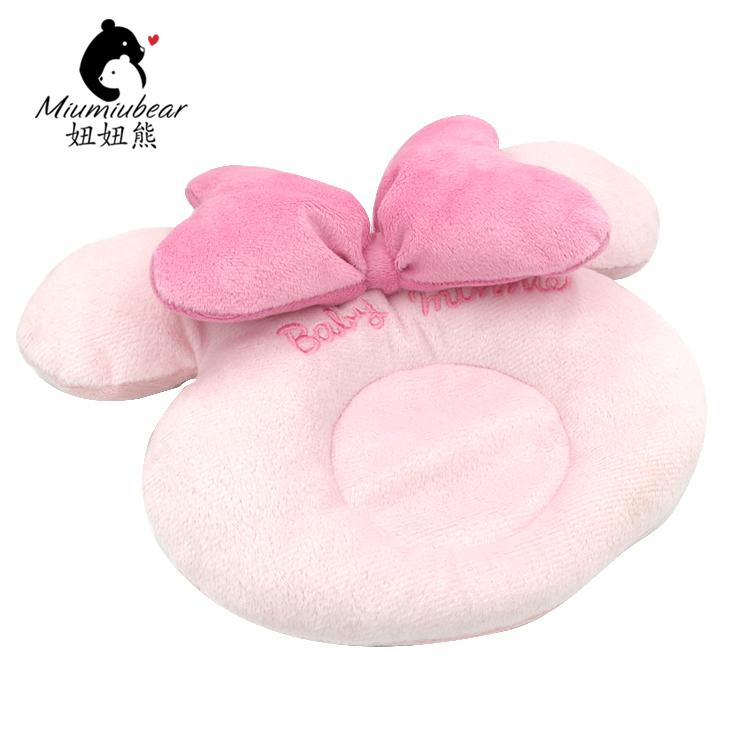 2017 Baby Cartoon Girls And Crown Shaping Pillow Cotton For 0-6month Newborn Baby