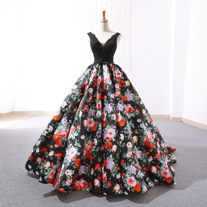 Black Floral Print Luxury V-Neck Sexy Evening Dresses 2019 Handmade Lace Beading Sleeveless Evening Gowns