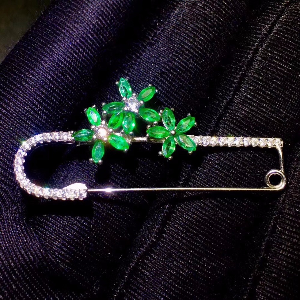 Natural emerald brooch, Colombian emerald, precious gemstone, dual-use style, 925 silver quality  Natural emerald brooch, Colombian emerald, precious gemstone, dual-use style, 925 silver quality