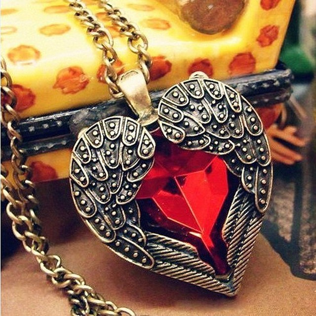 NK102  New Hot Fashion Long Vintage Red Gem Crystal Heart Angel Wing Long Chain Pendant Necklaces Jewelry Chain Accessories