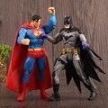 2016 Superman vs Batman Figuras de Acción Juguetes Caballero Oscuro 18 CM PVC Modelo Muñecas Set Arkham Knight Juguetes Niños Niños Juguetes Clásicos