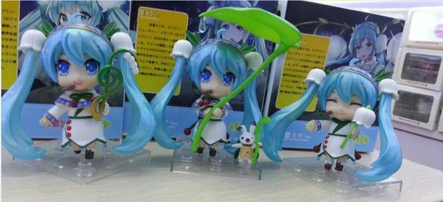 3pcs/set Hatsune Miku Lotus leaf Anime Collectible Action Figure PVC toys for christmas gift with retail box free shippnig