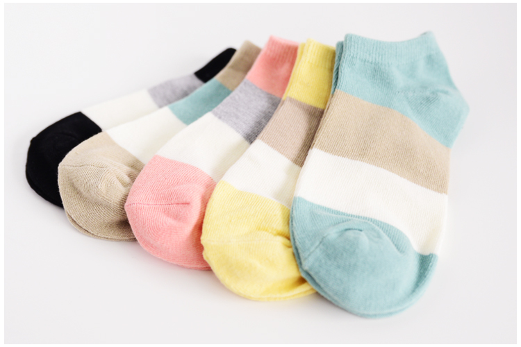 Hot sale!1lot=10pcs=5pair cotton socks cute polka dot women socks soft candy invisible short socks hosiery female Wholesale 5