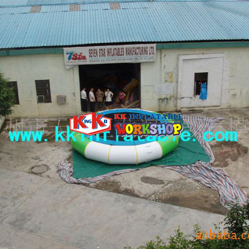 Water park facilities single wholesale Inflatable water jumping bed