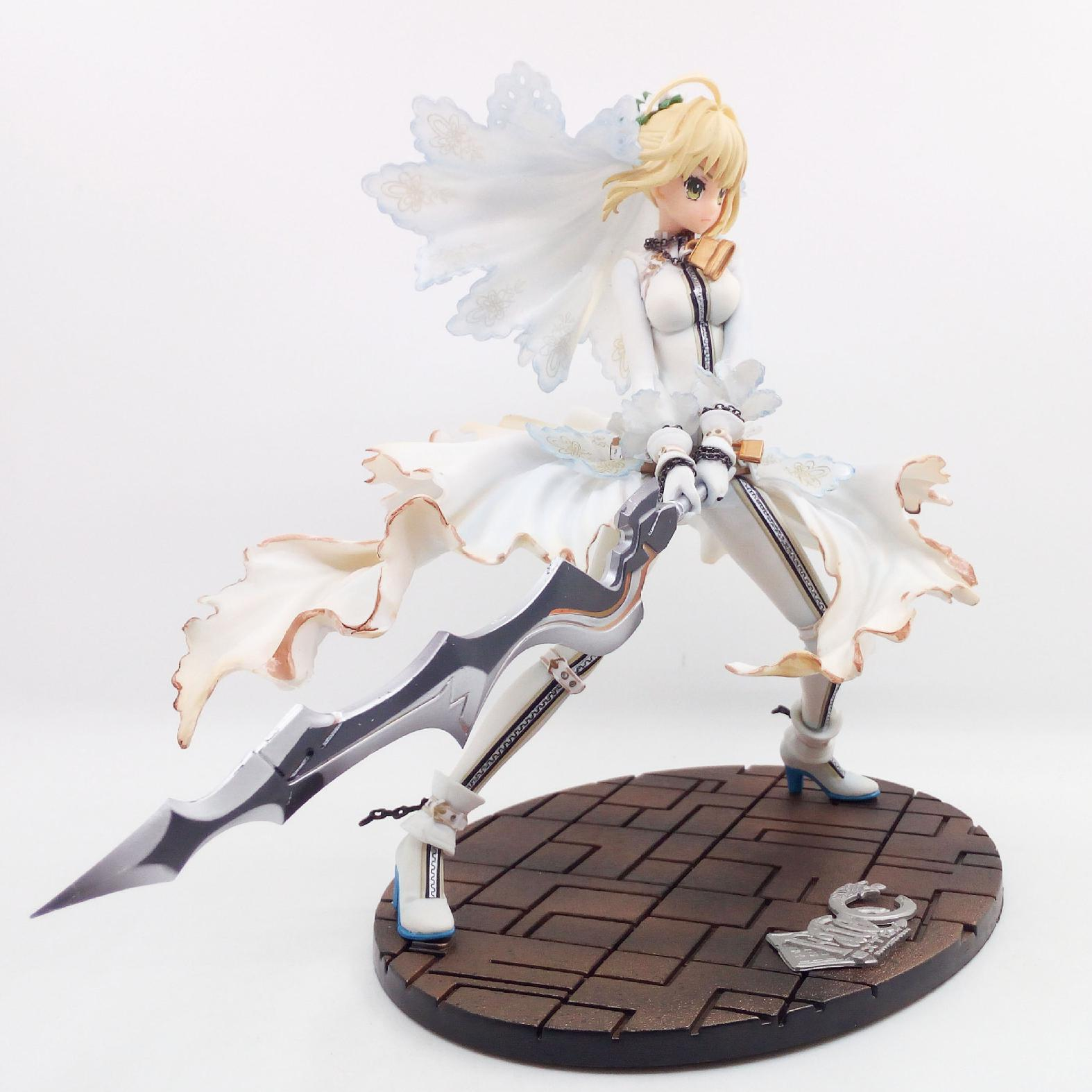 25cm Fate Zero Fate Stay White Wedding Dress Saber Japanese Anime Figures Action Toy Figures Pvc Model Collection Cartoon