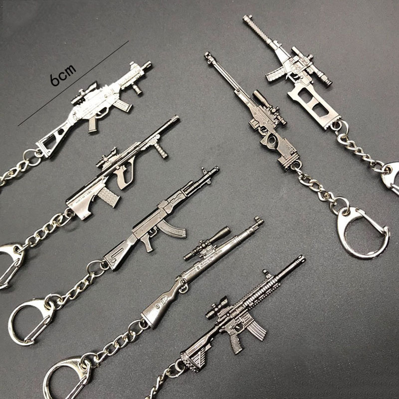 100pcs Key chains Hot Game 20 Styles PUBG CS GO Weapon Keychains AK47 Gun Model 98K Sniper Rifle Keychains for Men Gifts