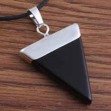 Wholesale 10pcs Fashion Charm Silver Plated natural The black agate   triangle shape chakra healing pendant Gift 2018 top fashion sale agate s990 peacock peacock cloud chalcedony agate long silver chain sweater pendant wholesale