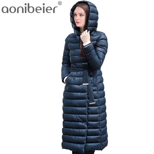 2017 г. Зимние зимняя куртка-пуховик Для женщин пальто 90% белая утка Пух с поясом больше колена Для женщин с капюшоном Двубортная куртка