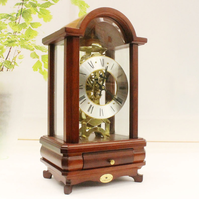 Amazing Antique Wood Mechanical Timepiece Clockwork Pendulum Clock Living Room Table  Decorations Ornaments On Old Fashioned