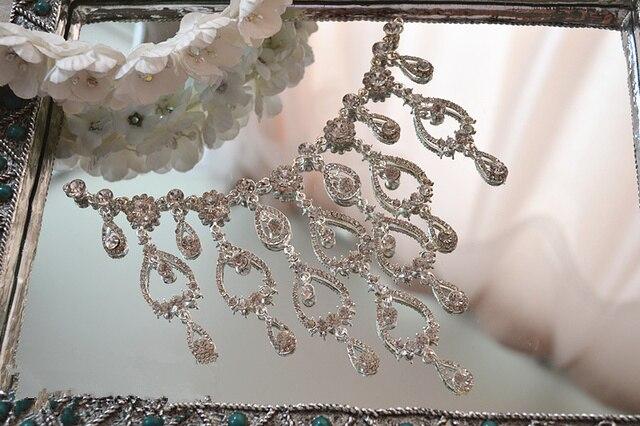 Cuce sul rhinestone di vetro strass applique per abiti da sposa e