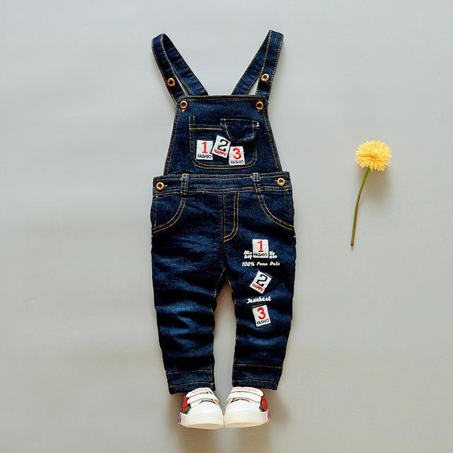 2016 Otoño y El Invierno Nuevo Bebé de La Llegada Jeans Pantalón Bebé Niña y Niño de Dibujos Animados Engrosamiento Denim Pant Diseños
