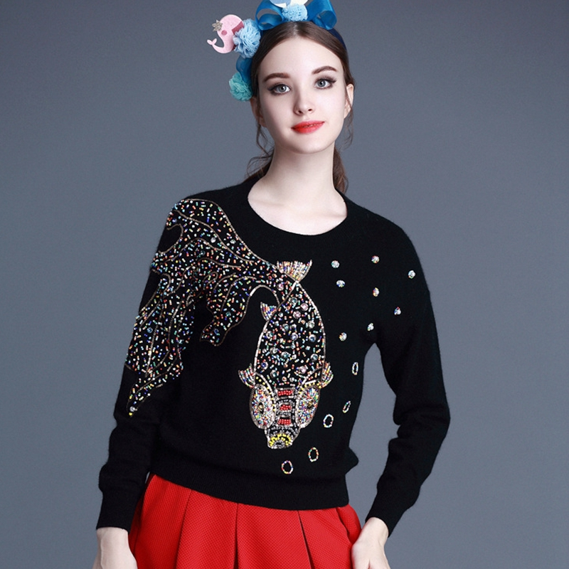 2017 new style womens round neck knit sweater with large design