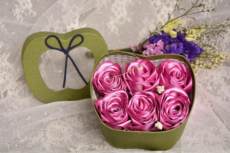 varm försäljning Handgjord Rose Silke Satin blomma kronblad - Bröllopstillbehör - Foto 4