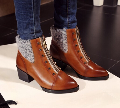 Women Autumn Winter Thick High Heel Full Grain Leather Zipper Rivets Round Toe Side Zip Fashion Ankle Boots Size 34-40 SXQ0930 women autumn winter genuine leather thick mid heel side zipper round toe 2015 new fashion ankle boots size 34 39 sxq0905