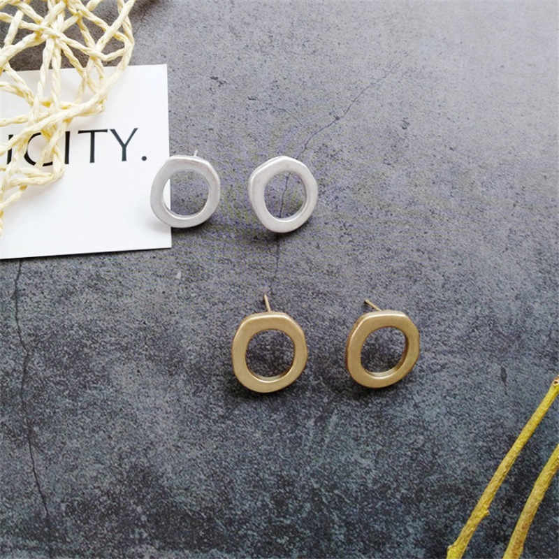 Brief Designs Jewelry Zinc Alloy Circle Stud Earrings For Women