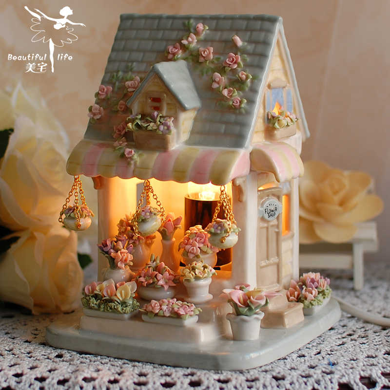 European High-end Handmade Ceramic Crafts Beautiful Flower Room Table Lamp Ornaments Creative Valentine Gift